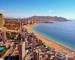 Куда поехать отдыхать на море в сентябре (Фото)