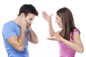 Ссора между мужчиной и женщиной - фото