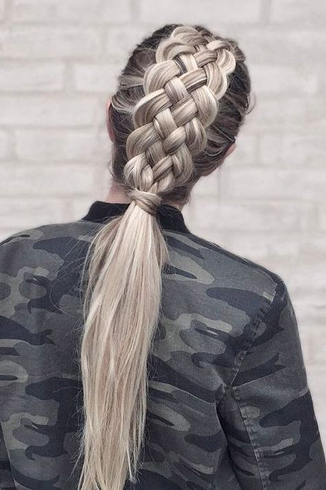 Коса в четыре пряди
